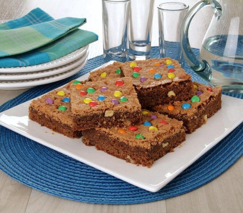 brownie com confeitos