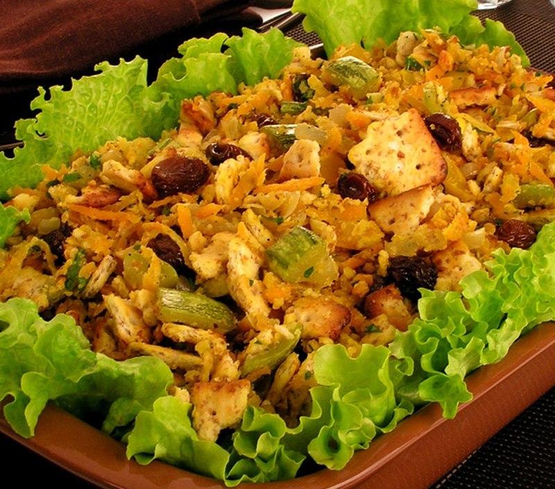 Faça essa farofa saudável no seu almoço de Páscoa